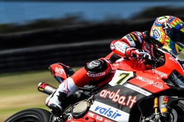 Doppio podio in Gara 2 a Phillip Island per il team Aruba.it Racing